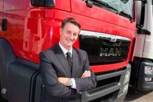 Simon Elliott announces departure from MAN Truck & Bus UK