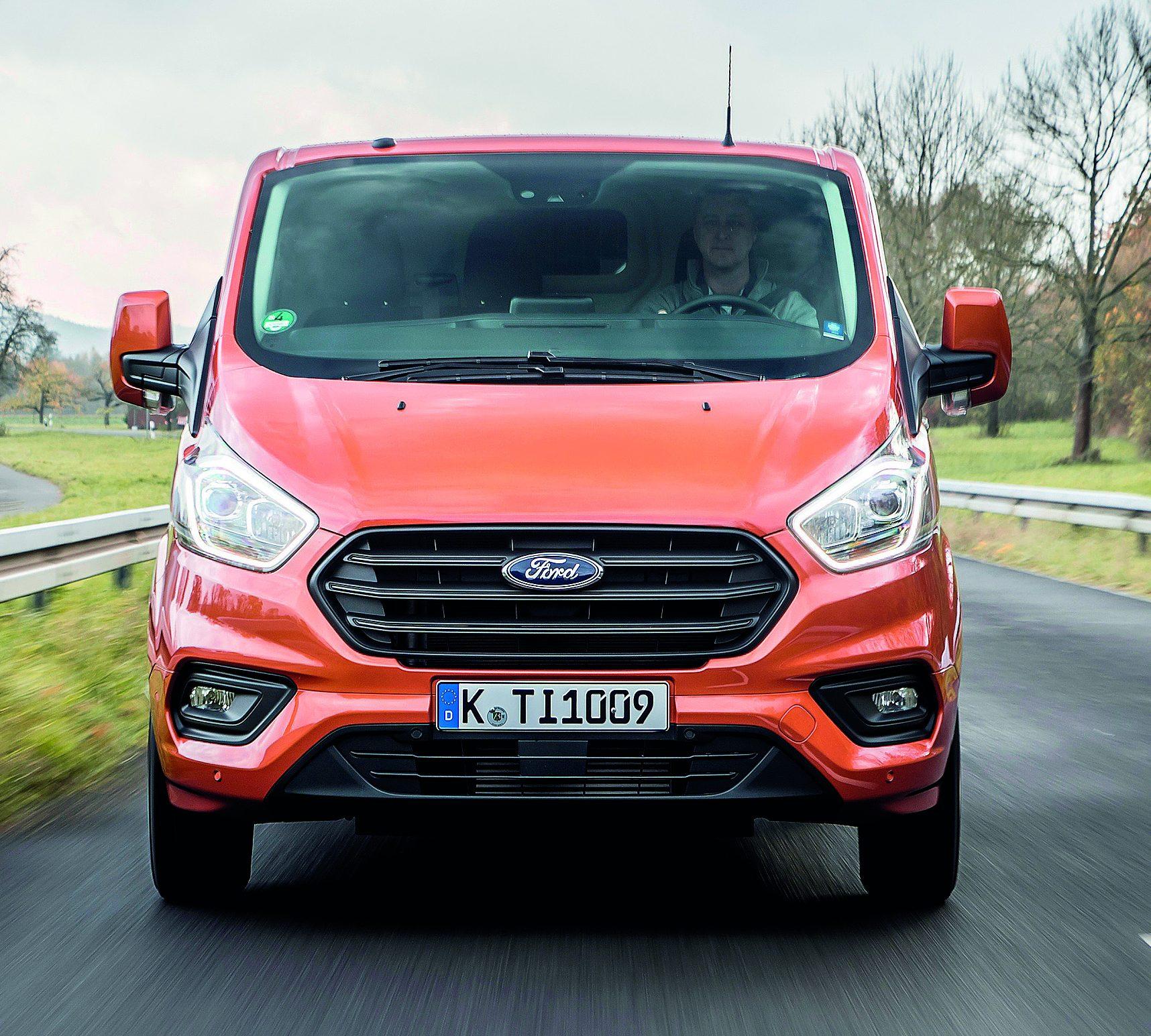 Ford Transit Custom Sport: New Ford Transit Custom: Stylish, Productive